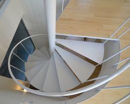 A様邸新築工事 螺旋階段